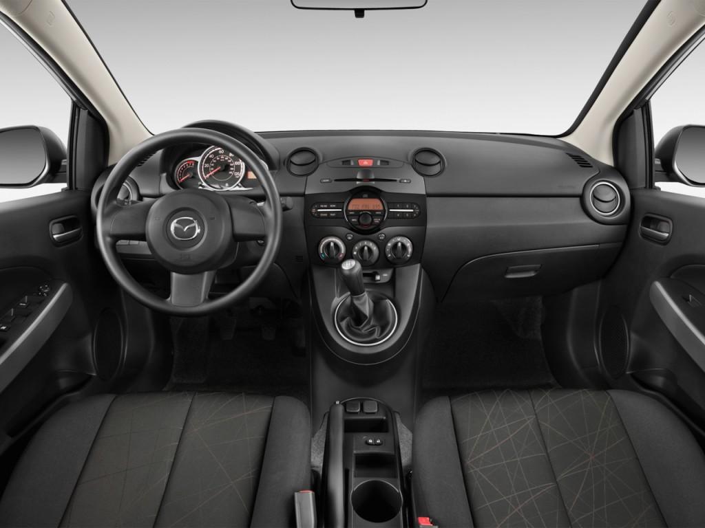 image 2012 mazda mazda2 4 door hb auto sport dashboard. Black Bedroom Furniture Sets. Home Design Ideas