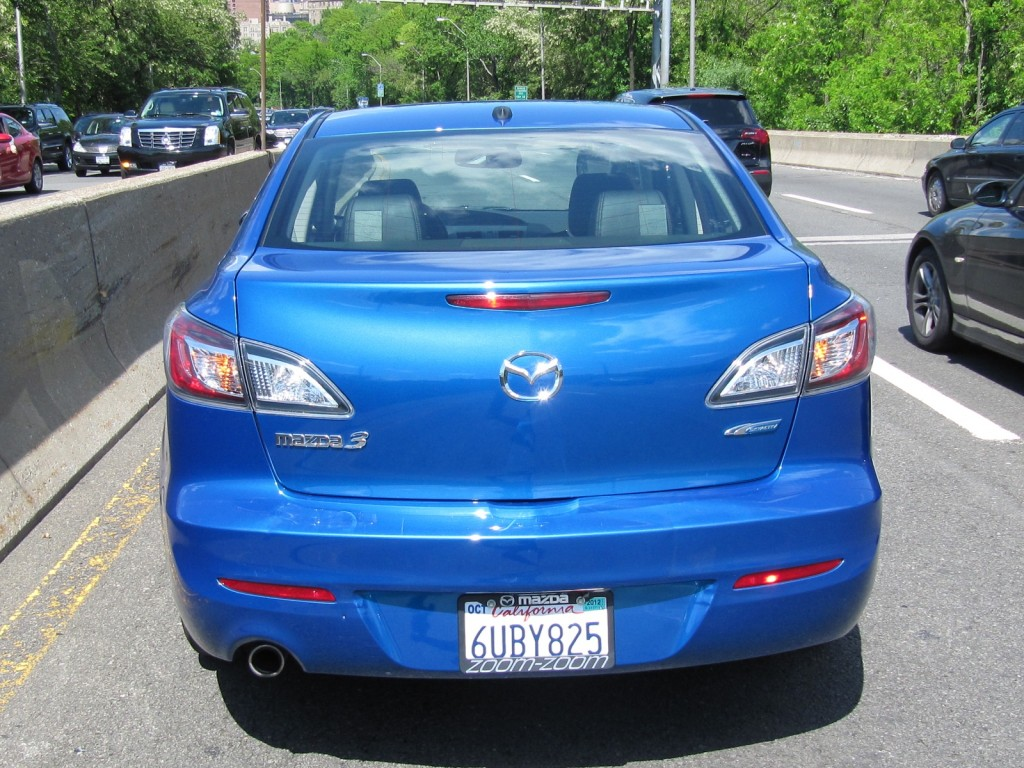 Image: 2012 Mazda Mazda3 Grand Touring SkyActiv-G sedan ...