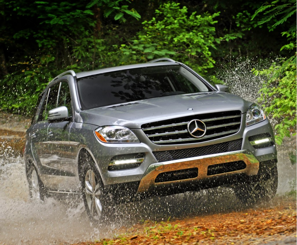 2012 Mercedes-Benz M-Class SUV Gets Ready to Hit the Road