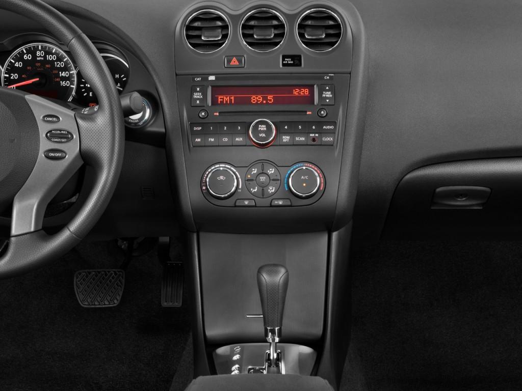 image 2012 nissan altima 4 door sedan i4 cvt 2 5 s instrument panel size 1024 x 768 type. Black Bedroom Furniture Sets. Home Design Ideas