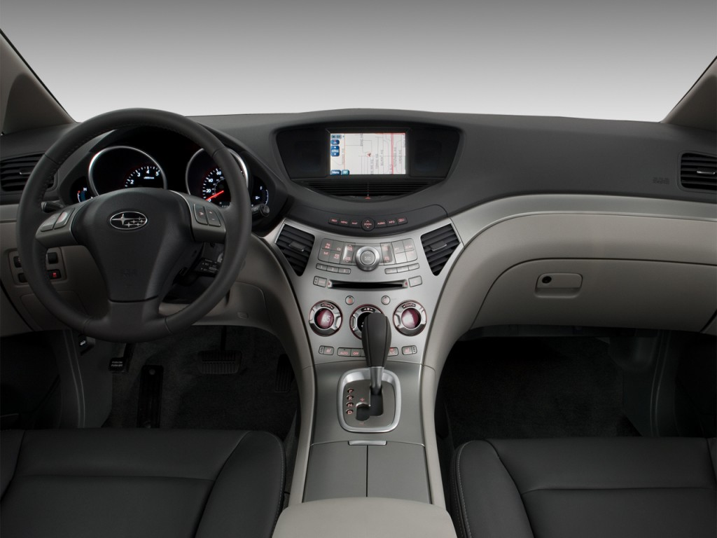 2012 Subaru Tribeca 4-door 3.6R Limited Dashboard