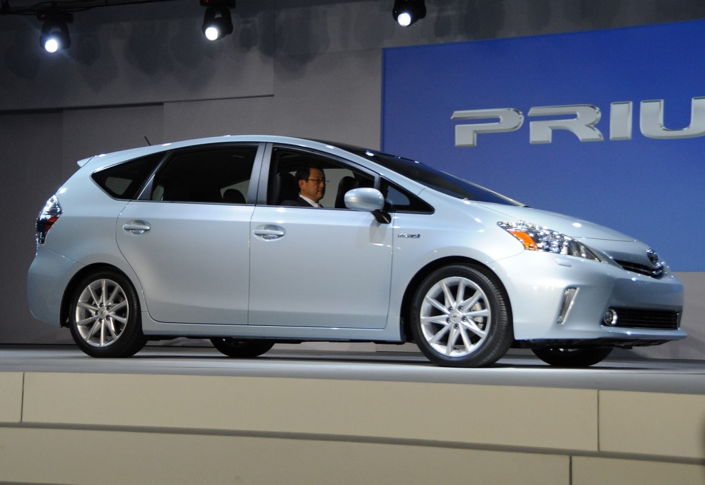 2012 Toyota Prius V launch press conference, 2011 Detroit Auto Show