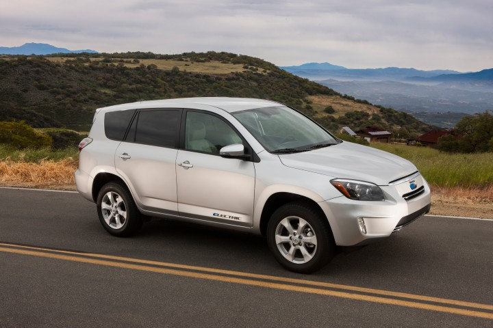 2006-2012 Toyota RAV4, 2012-2014 Toyota RAV4 EV Recalled For Seatbelt Problem: 1.1 Million Affected