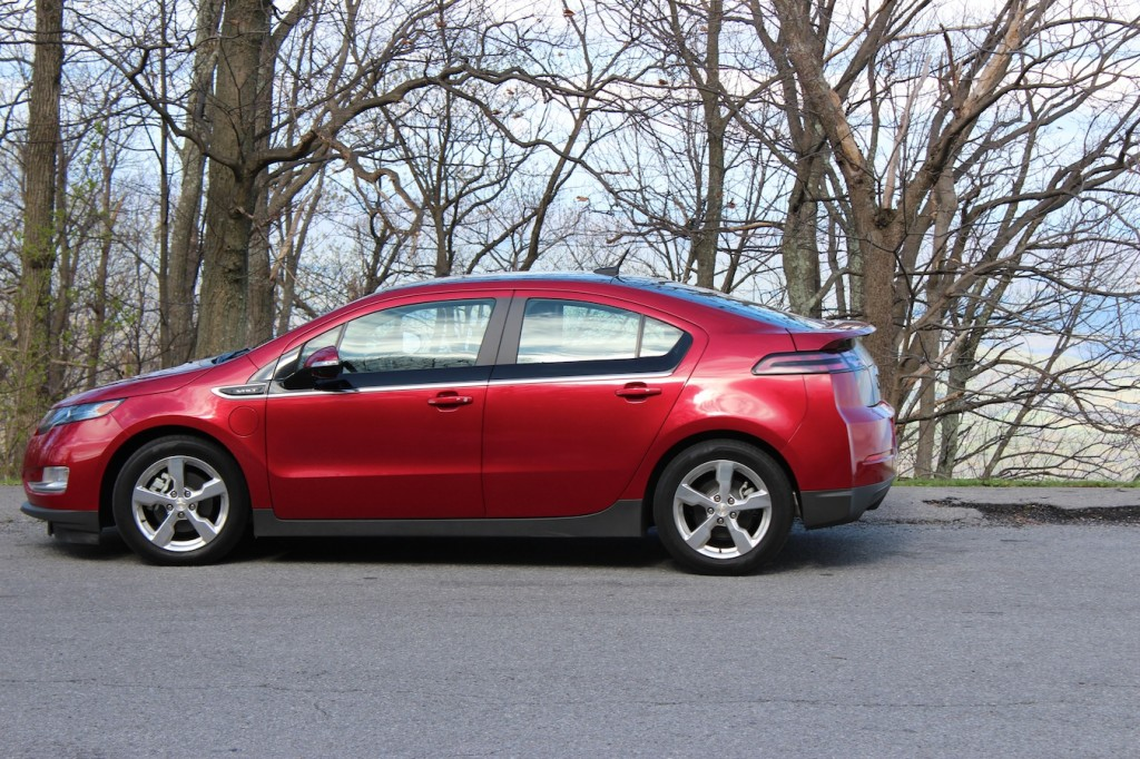 Aluminum Bodied Ford F 150 Chevy Volt Most Loved Compact Car