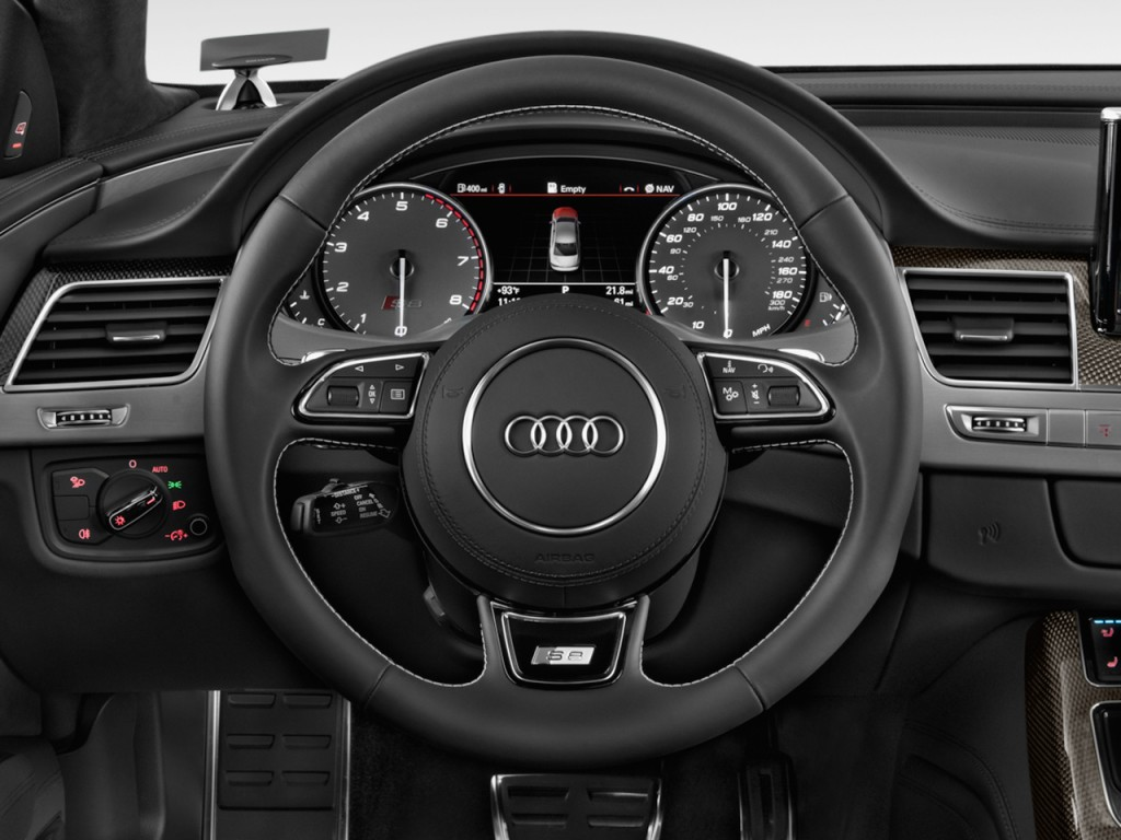 Image: 2013 Audi S8 4-door Sedan Steering Wheel, size ...