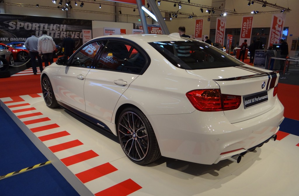 image 2013 bmw 3 series fitted with m performance accessories size 1024 x 672 type gif. Black Bedroom Furniture Sets. Home Design Ideas