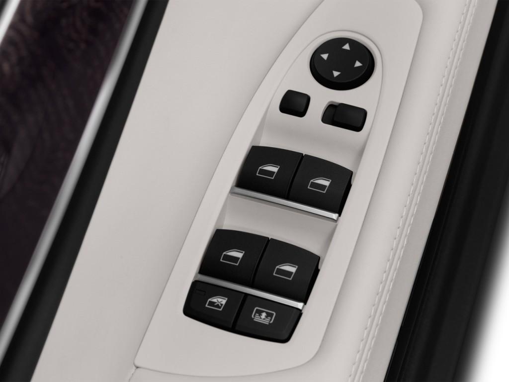 2013 BMW 7-Series 4-door Sedan 750i RWD Door Controls
