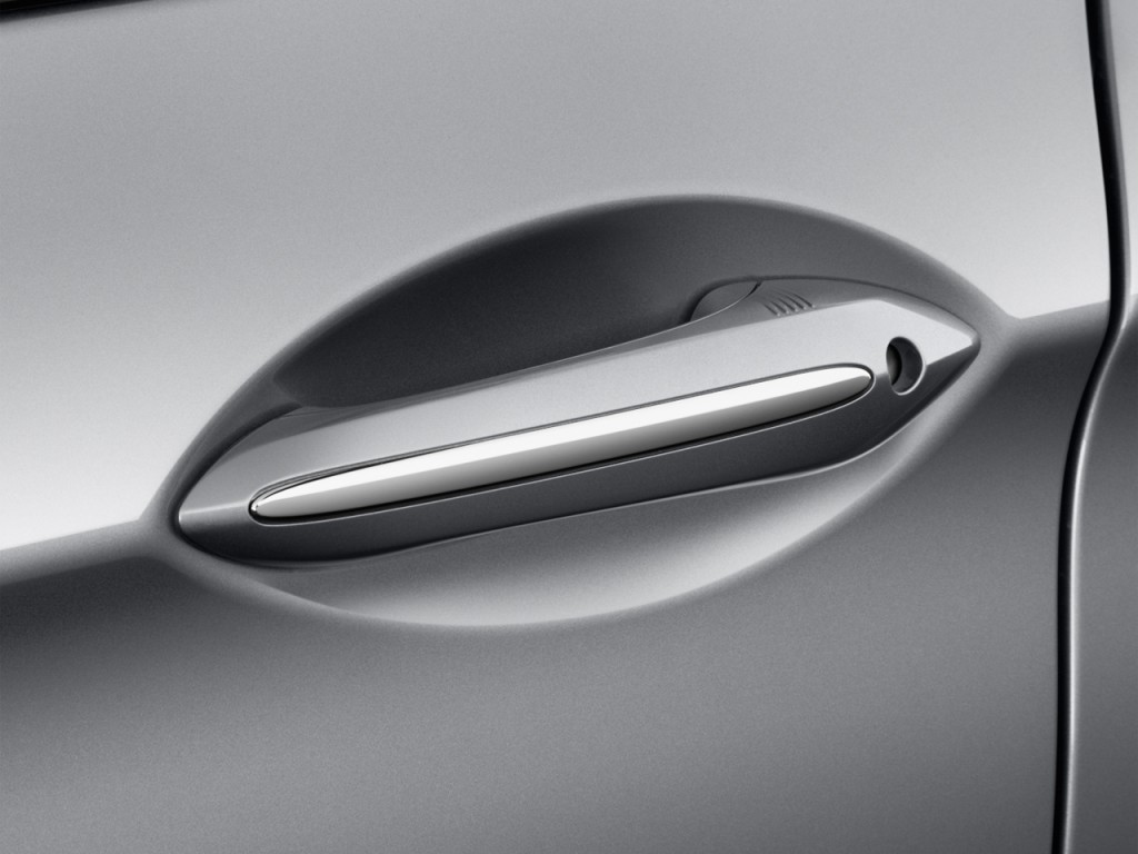 Image 2013 Bmw M5 4 Door Sedan Door Handle Size 1024 X