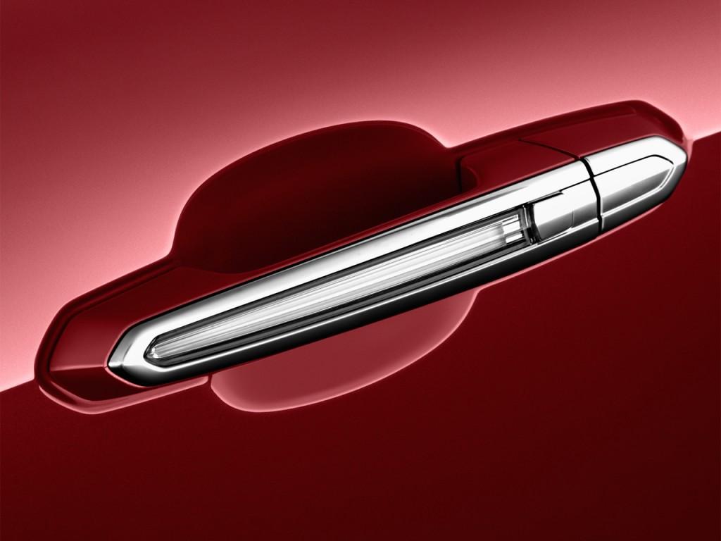 Image 2013 Cadillac Ats 4 Door Sedan 2 0l Rwd Door Handle