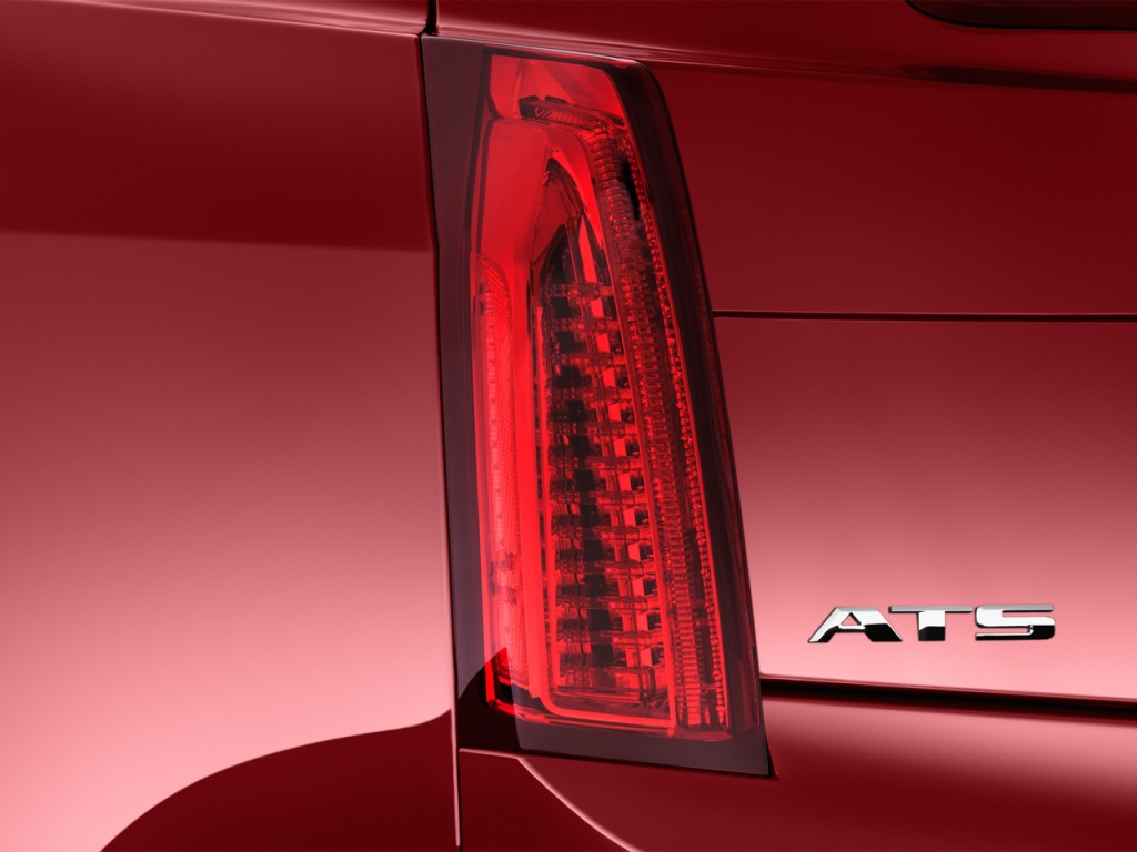 Image 2013 Cadillac Ats 4 Door Sedan 2 0l Rwd Tail Light