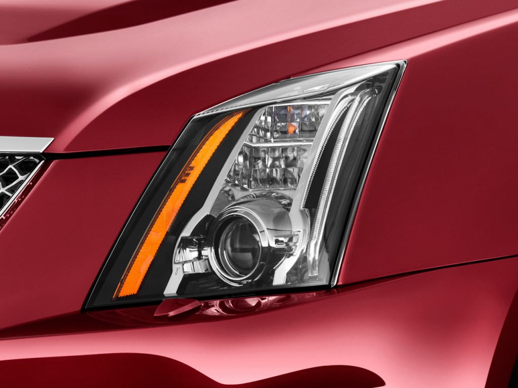 Image: 2013 Cadillac CTS-V 2-door Coupe Headlight, size ...