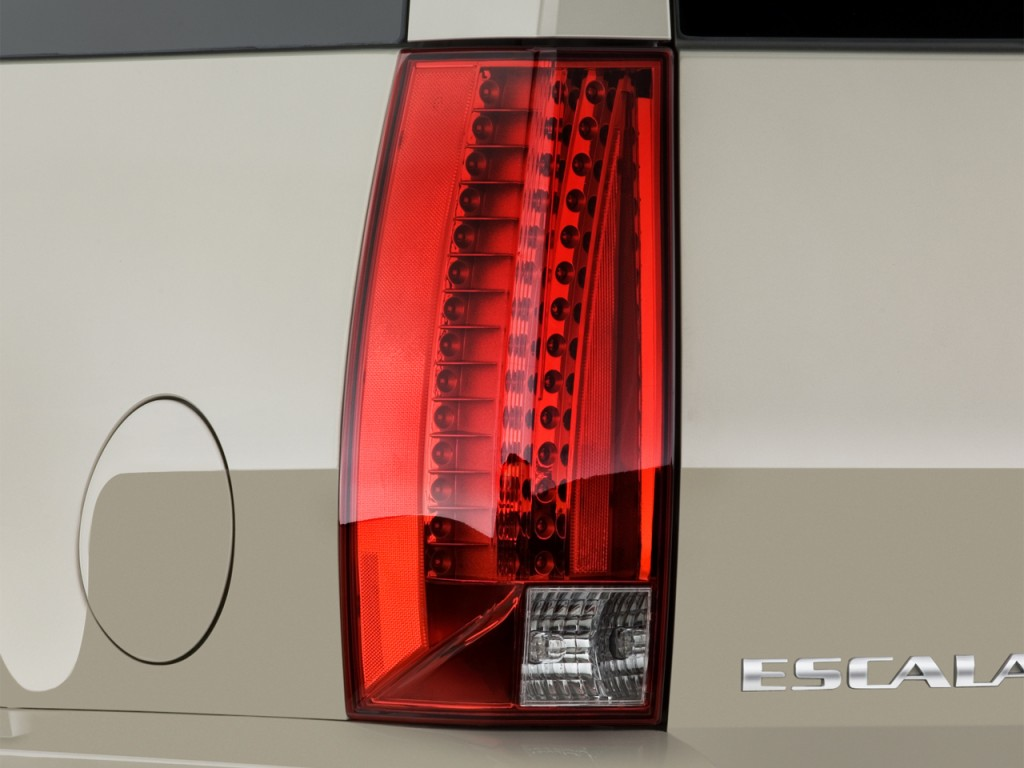 Image 2013 Cadillac Escalade Awd 4 Door Base Tail Light