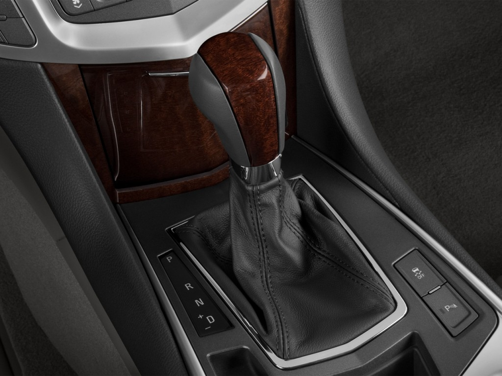 image 2013 cadillac srx fwd 4 door performance collection gear shift size 1024 x 768 type. Black Bedroom Furniture Sets. Home Design Ideas
