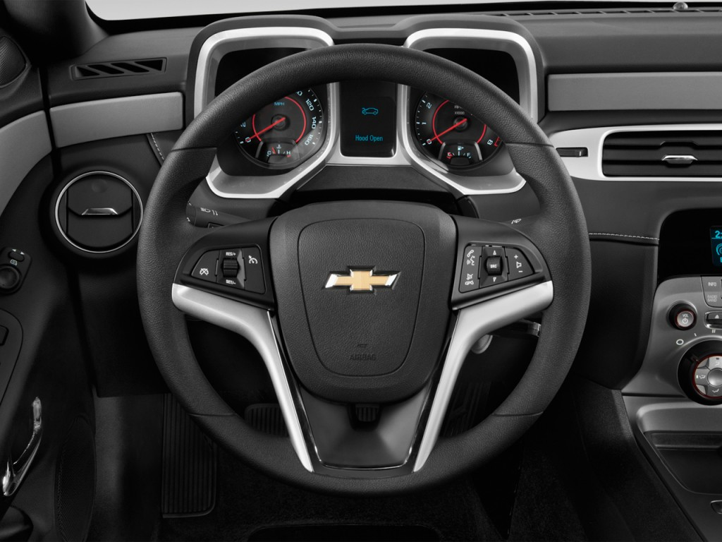 image 2013 chevrolet camaro 2 door coupe ls w 1ls. Black Bedroom Furniture Sets. Home Design Ideas