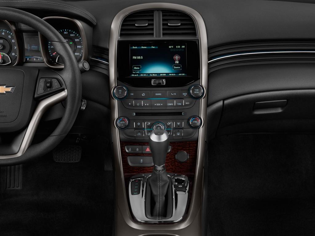 image 2013 chevrolet malibu 4 door sedan eco w 1sa instrument panel size 1024 x 768 type. Black Bedroom Furniture Sets. Home Design Ideas