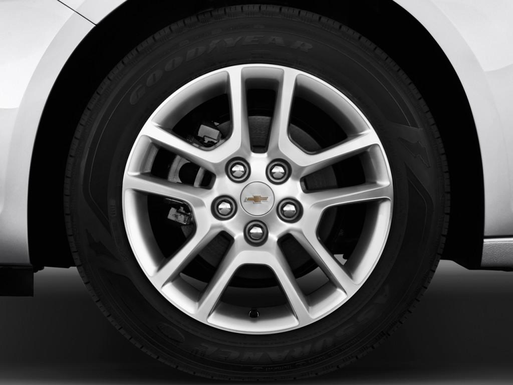 Image: 2013 Chevrolet Malibu 4-door Sedan ECO w/1SA Wheel ...