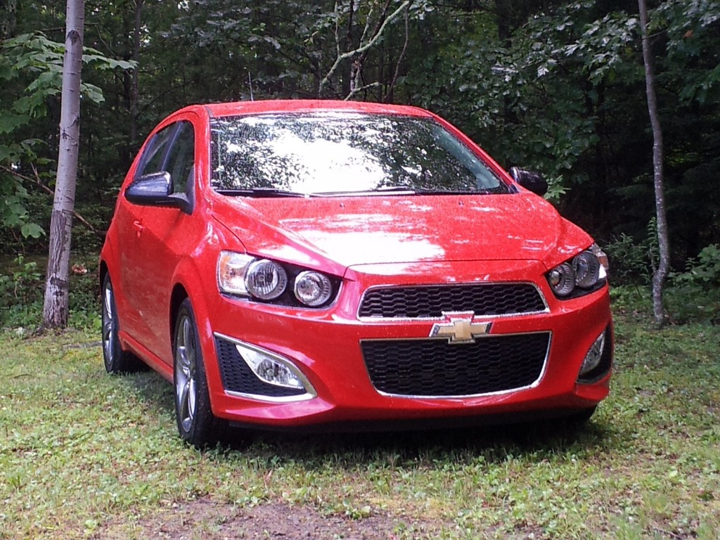 All Chevy 2013 chevy sonic mpg : 2013 Chevrolet Sonic RS: How Hot Is Chevy's Sporty Hatch?