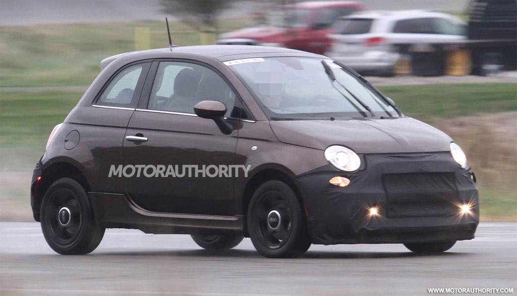 2013 Fiat 500e Electric Car Spy Shots