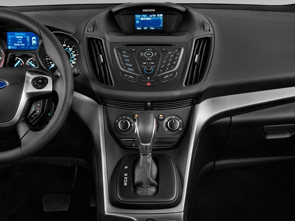 Image: 2013 Ford Escape FWD 4-door S Instrument Panel ...