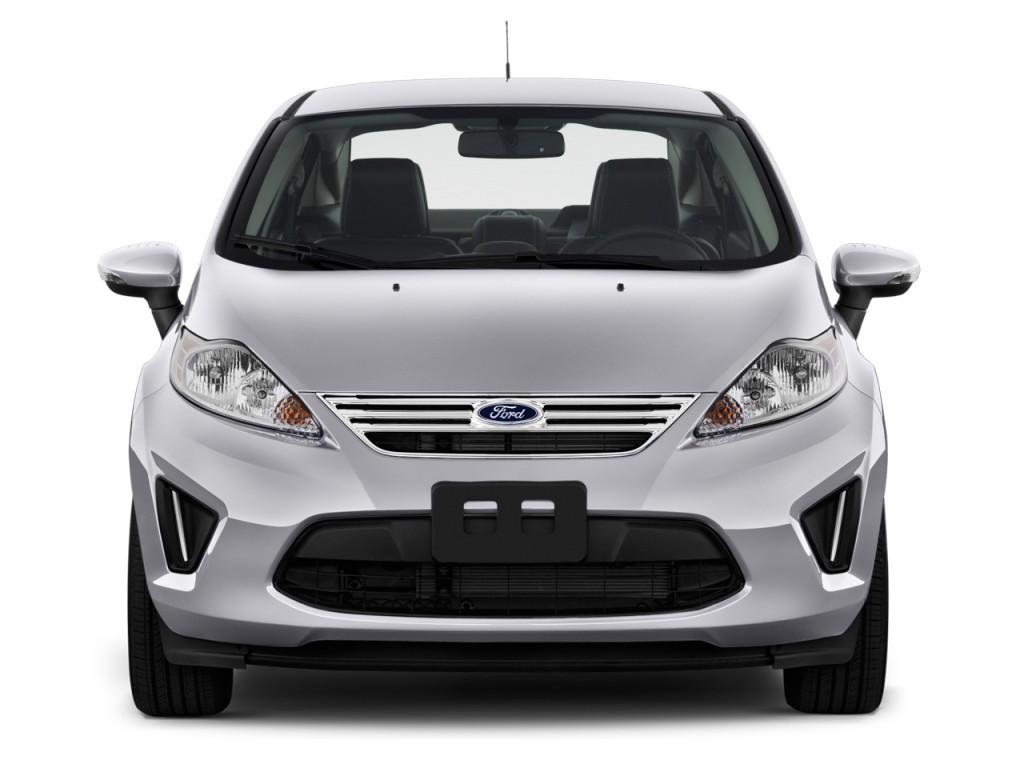 Image: 2013 Ford Fiesta 4-door Sedan SE Front Exterior ...