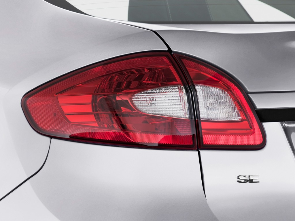 BMW Dealerships In Georgia >> Image: 2013 Ford Fiesta 4-door Sedan SE Tail Light, size ...