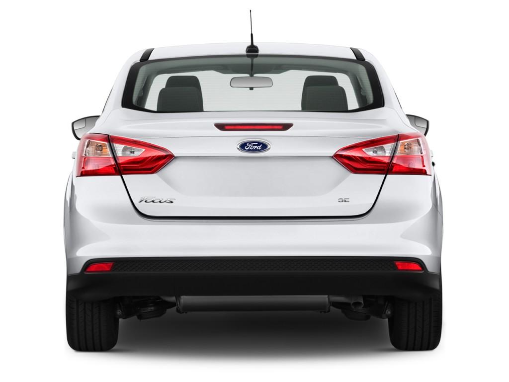 Image: 2013 Ford Focus 4-door Sedan SE Rear Exterior View ...