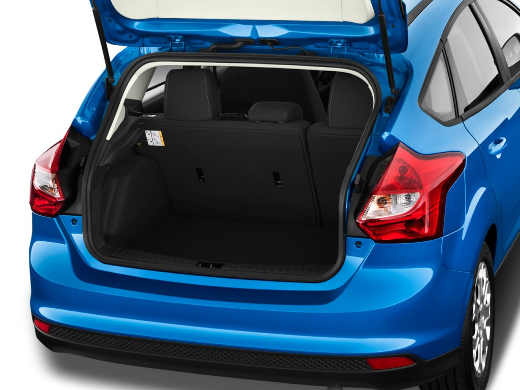 image 2013 ford focus 5dr hb se trunk size 1024 x 768 type gif posted on september 21. Black Bedroom Furniture Sets. Home Design Ideas