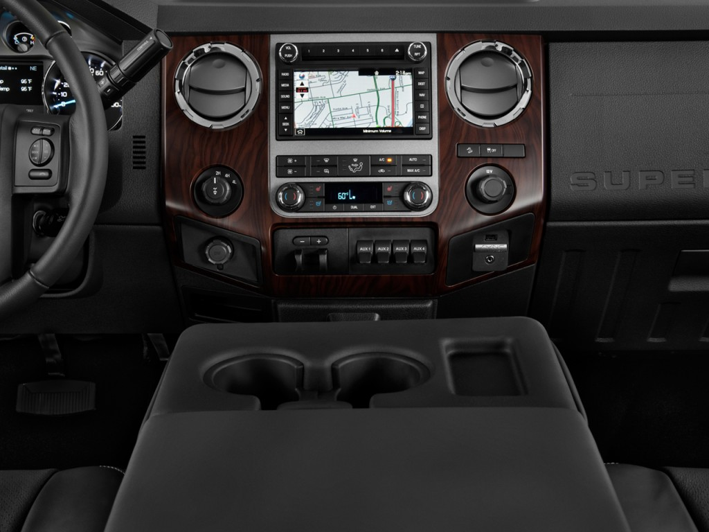 Image: 2013 Ford Super Duty F-350 DRW Instrument Panel ...