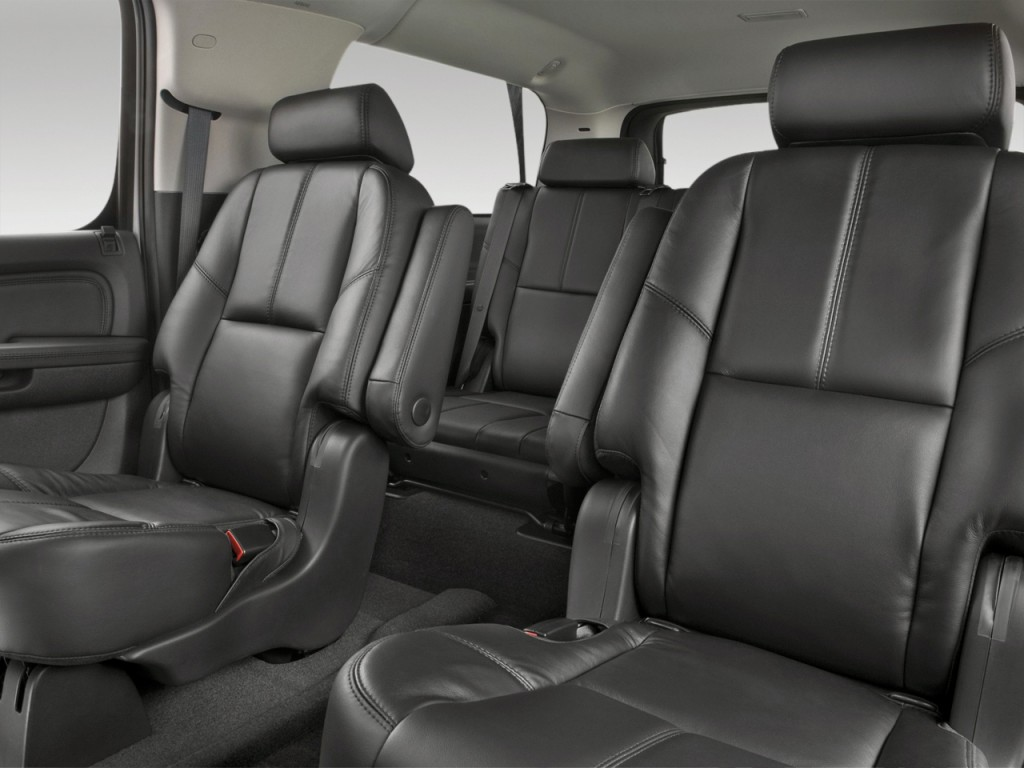Image: 2013 GMC Yukon XL 2WD 4-door 1500 Denali Rear Seats ...