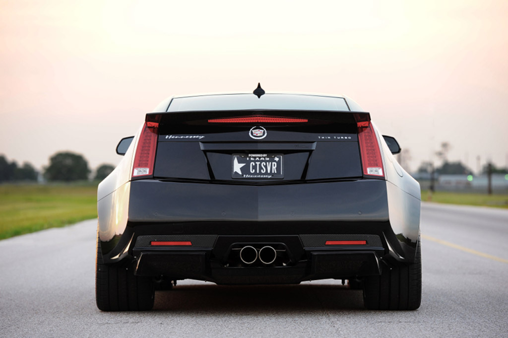 coupe series premium gets special v package cadillac cts appearance honors current gen news limited run ctsv edition