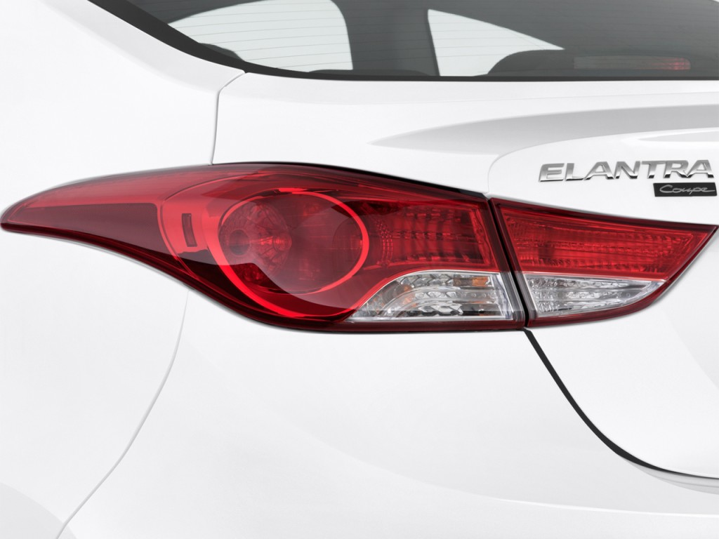 Hyundai Elantra Coupe Door Auto Se Tail Light L