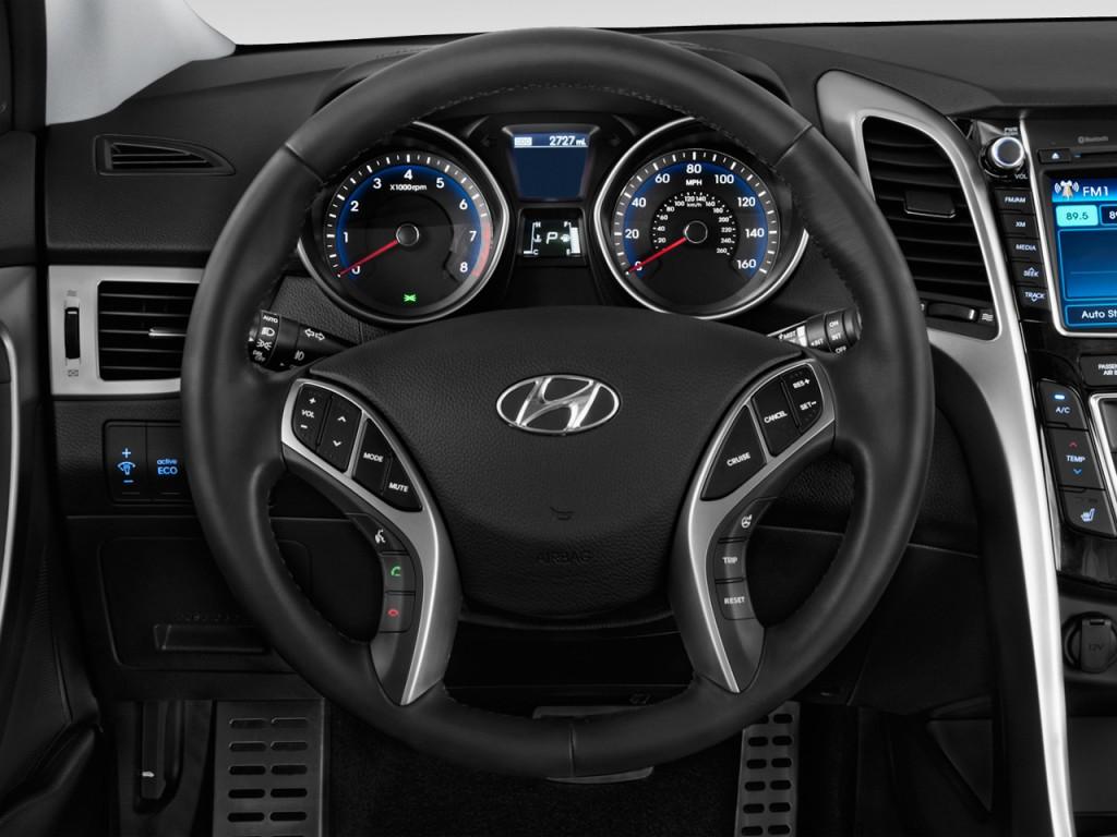 Image 2013 Hyundai Elantra Gt 5dr Hb Auto Steering Wheel