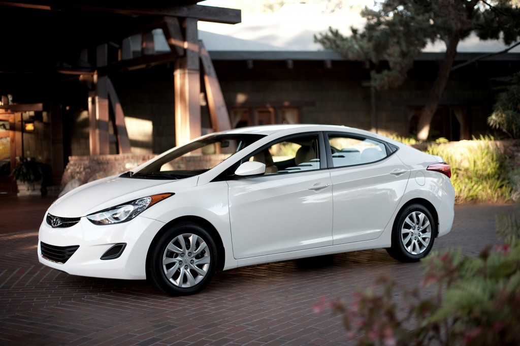 2013 Hyundai Elantra recalled for brake light problem: over 64,000 ...