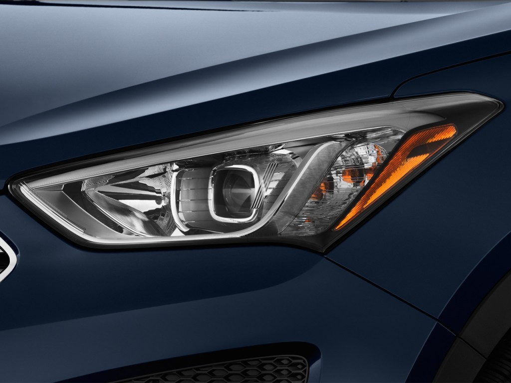 Image 2013 Hyundai Santa Fe Fwd 4 Door Sport Headlight