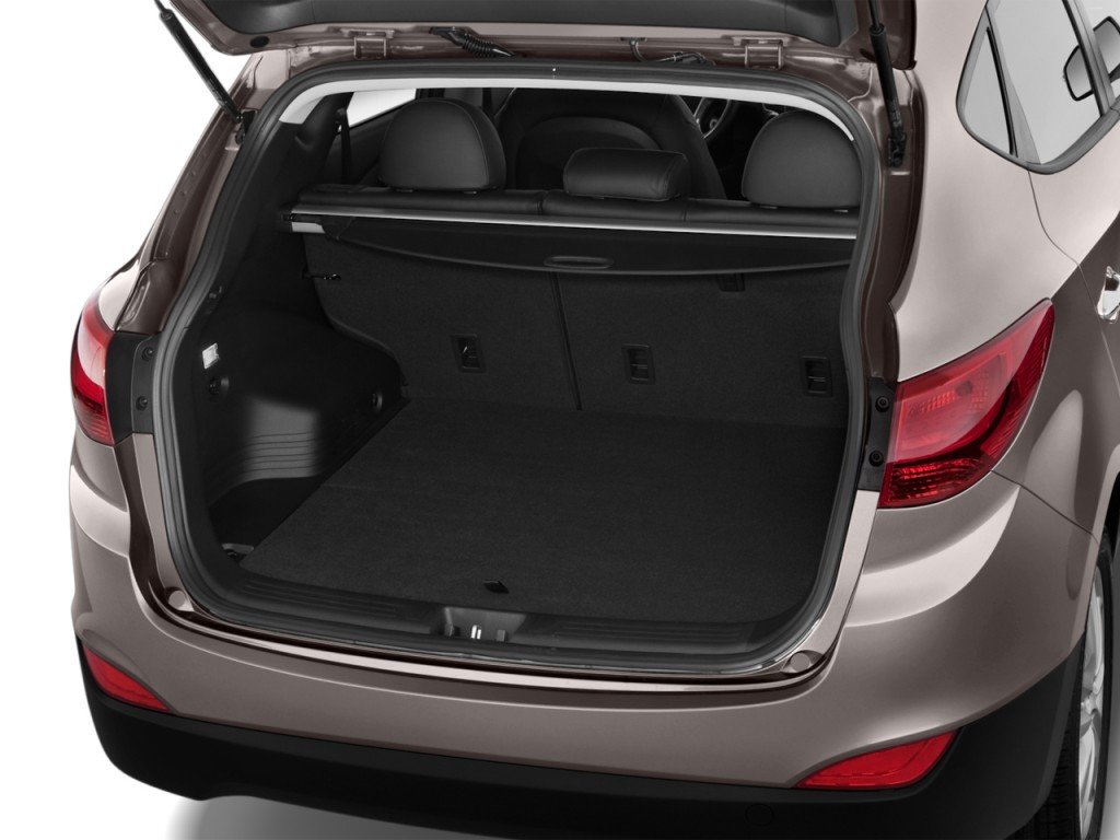 Image: 2013 Hyundai Tucson FWD 4-door Auto Limited Trunk ...