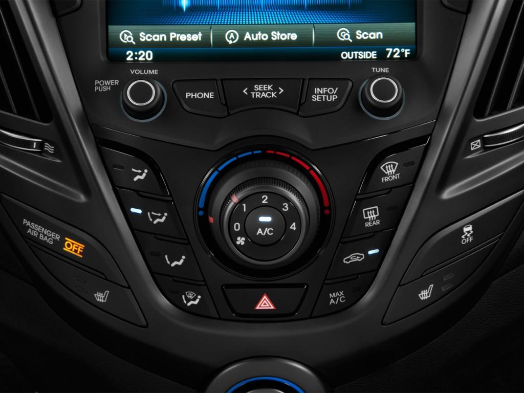 image 2013 hyundai veloster 3dr coupe man turbo w black int temperature controls size 1024 x. Black Bedroom Furniture Sets. Home Design Ideas