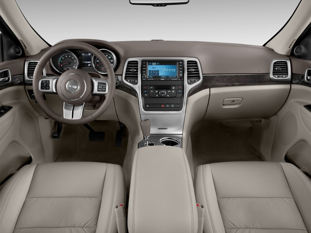 Image: 2013 Jeep Grand Cherokee RWD 4-door Laredo Dashboard, size: 1024 x 768, type: gif, posted ...