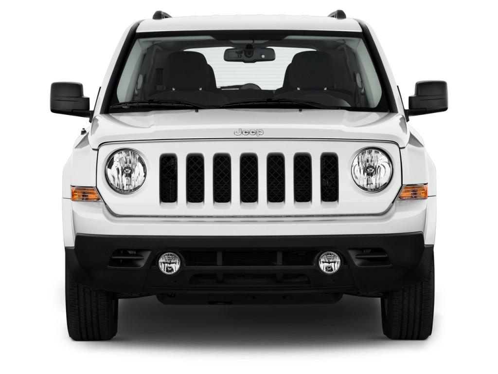image 2013 jeep patriot fwd 4 door latitude front. Black Bedroom Furniture Sets. Home Design Ideas