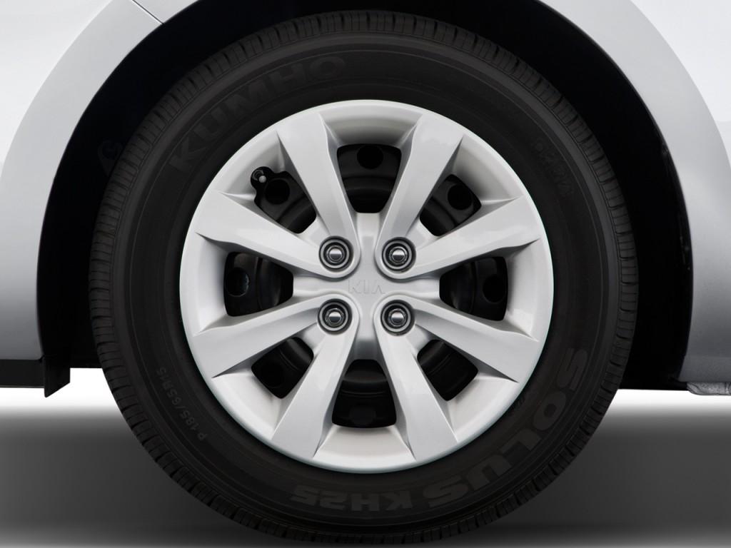image 2013 kia rio 4 door sedan auto lx wheel cap size. Black Bedroom Furniture Sets. Home Design Ideas