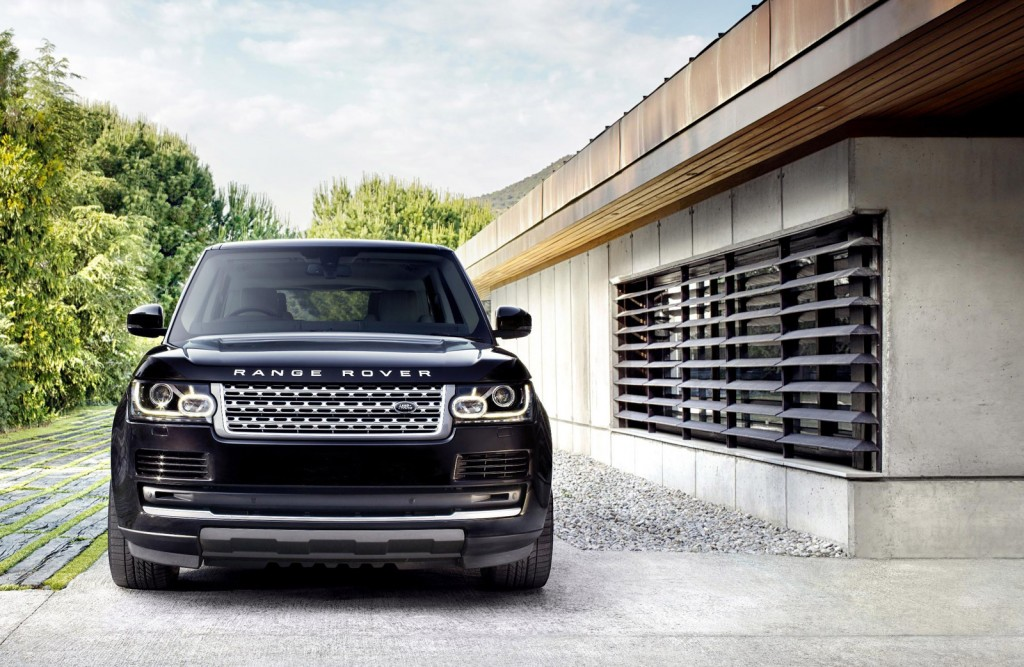 2013-2014 Land Rover Range Rover Recalled For Airbag System Flaw