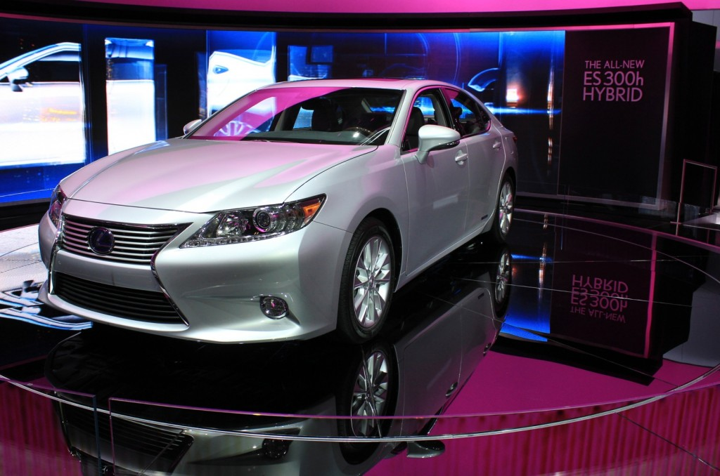 image 2013 lexus es 300h size 1024 x 678 type gif posted on april 4 2012 10 23 am the. Black Bedroom Furniture Sets. Home Design Ideas