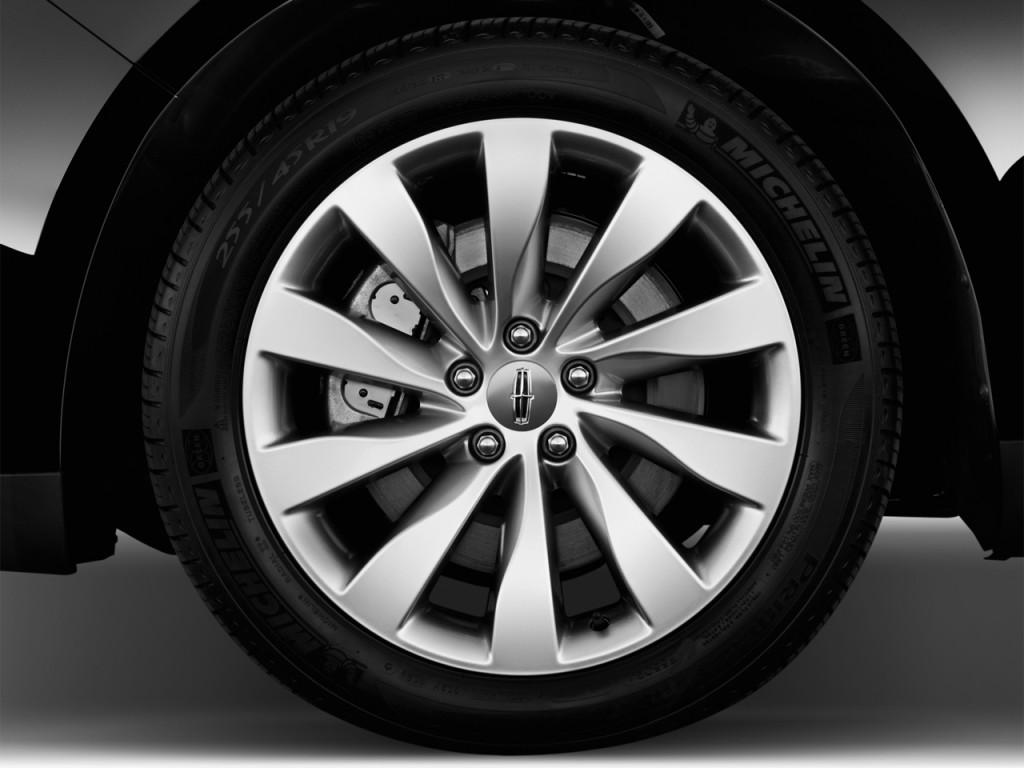2013 Lincoln MKS 4-door Sedan 3.7L FWD Wheel Cap