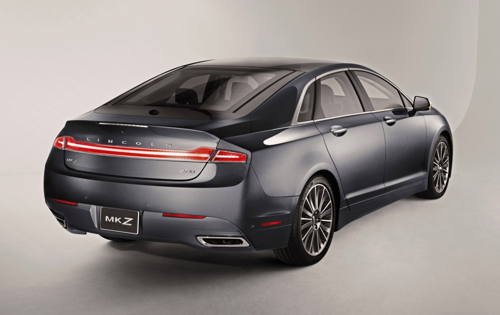 Undercover Cops Lincoln Mkz Recall Keyless Entry Tech What S New The Car Connection
