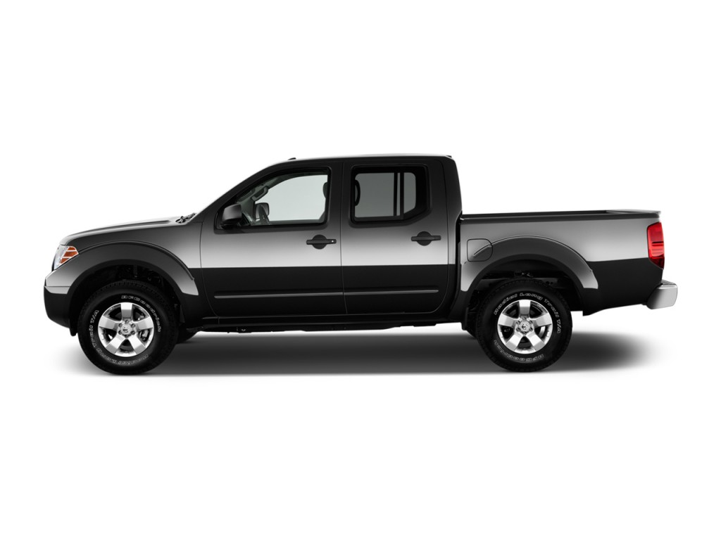 Image: 2013 Nissan Frontier 4WD Crew Cab SWB Auto SV Side ...