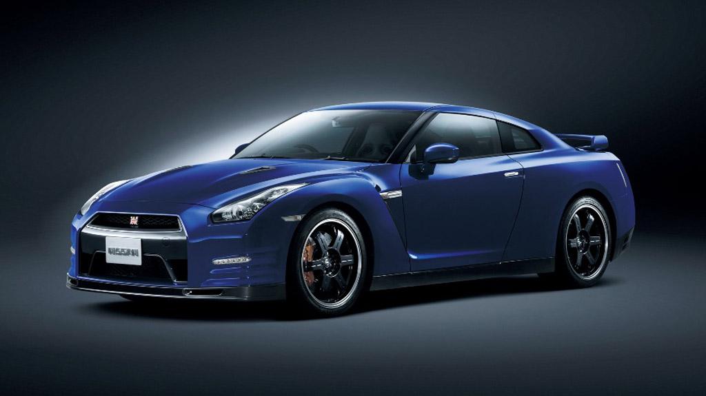 2013 Nissan GTR Revealed Packs More Power And New Aero