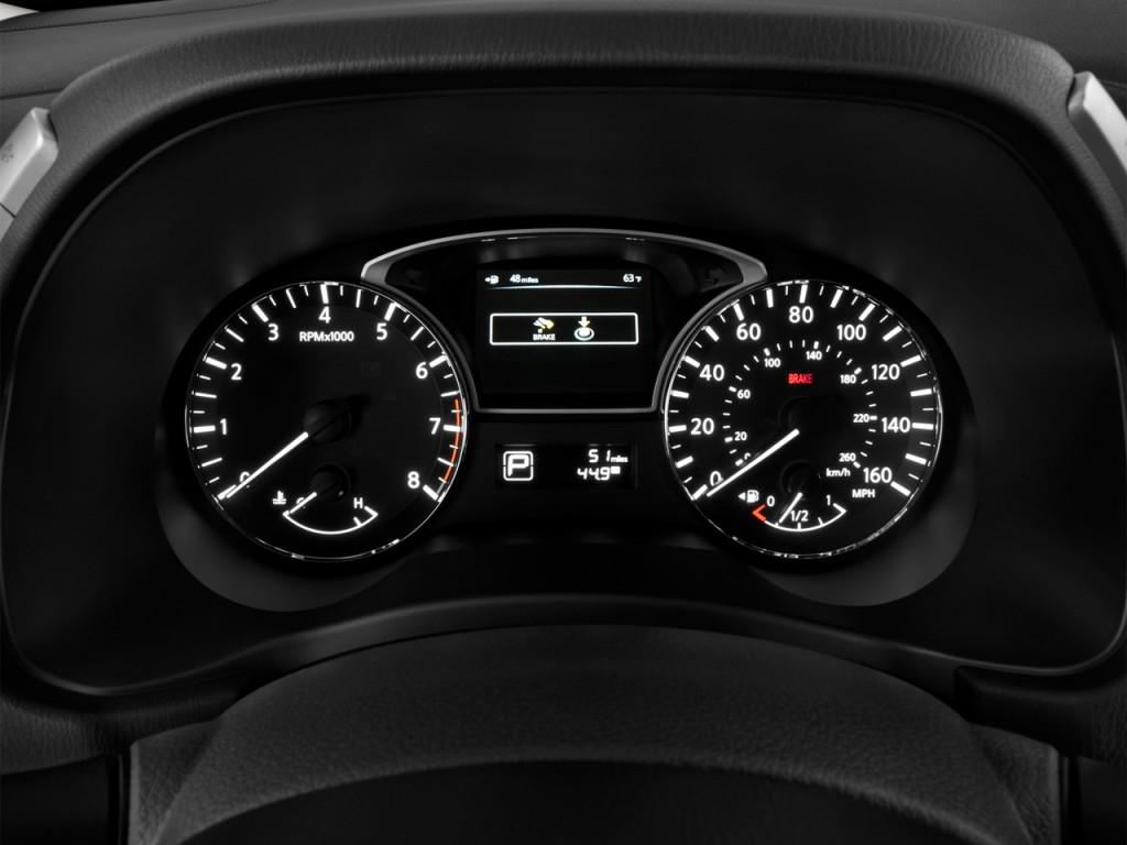 Image 2013 Nissan Pathfinder 2wd 4 Door Sl Instrument