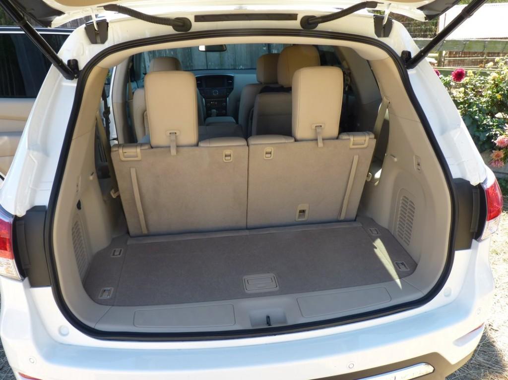 2013 Nissan Pathfinder  -  First Drive  -  10/2012