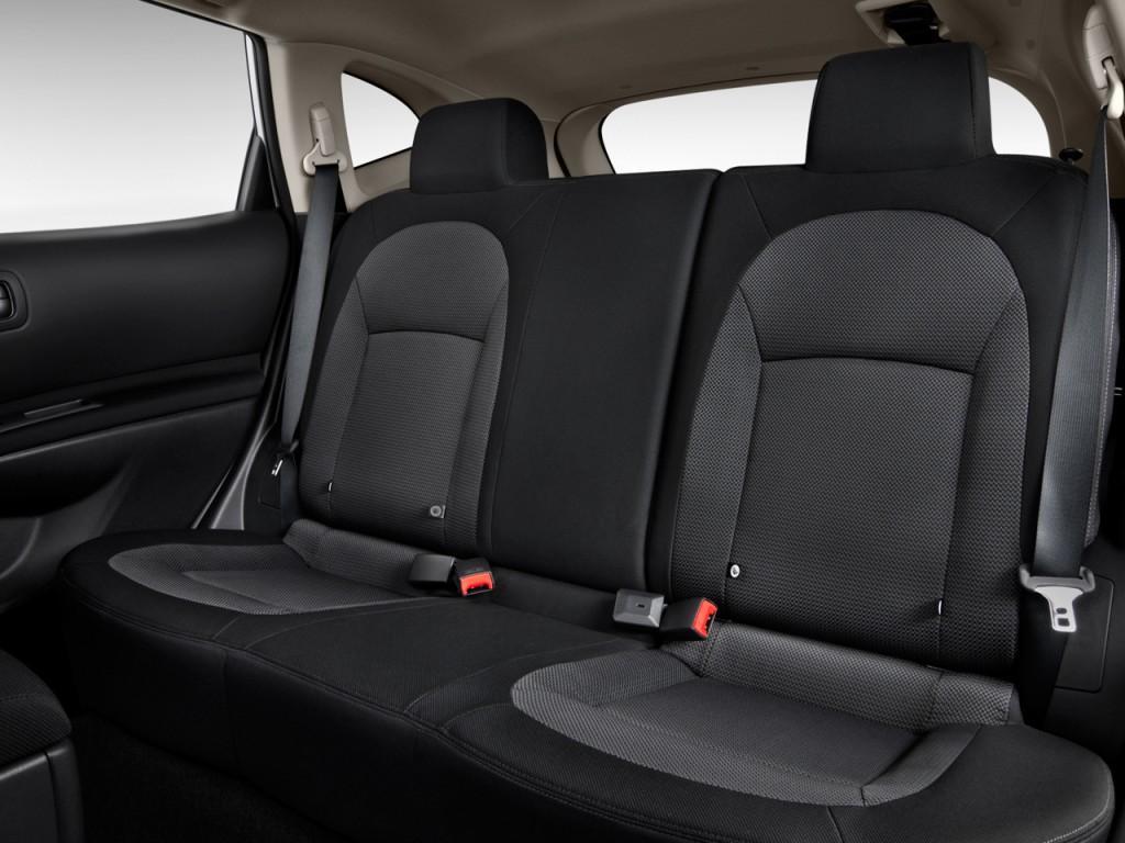 Image: 2013 Nissan Rogue FWD 4-door SV Rear Seats, size ...