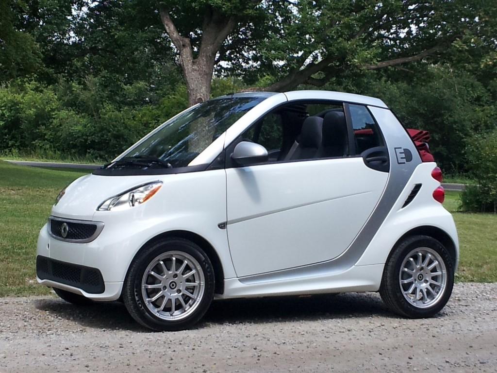 image 2013 smart fortwo electric drive cabrio ann arbor michigan aug 2013 size 1024 x 768. Black Bedroom Furniture Sets. Home Design Ideas