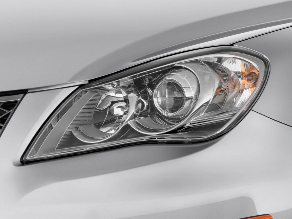 Suzuki Esteem Headlight
